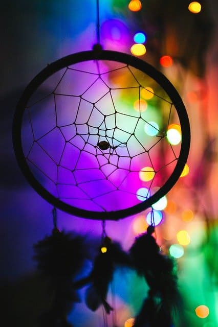 The 11 Best Stones for Dream Catchers: Crystals to Guard your Sleep